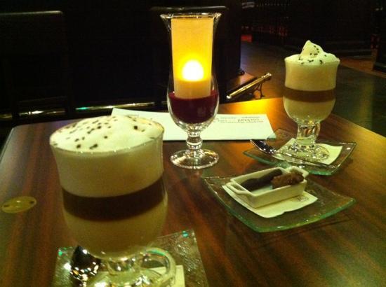 Le Petit Manoir : hotel bar