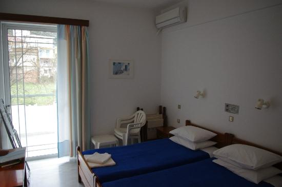 Heracles Pension: Heracles Rooms