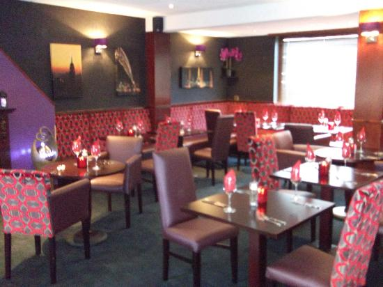 The Black Watch Bar and Croft Restaurant: Restaurant