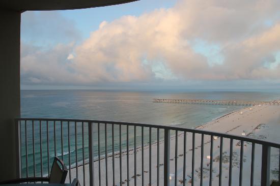 Hilton Pensacola Beach: View from balcony at dawn...