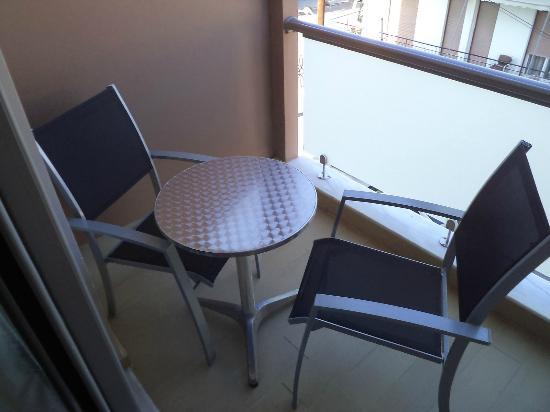 Ionion Hotel: Μοντέρνα & Καθαρά δωμάτια