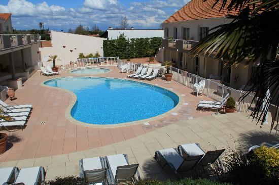 Resid'Azur : Piscine de la résidence