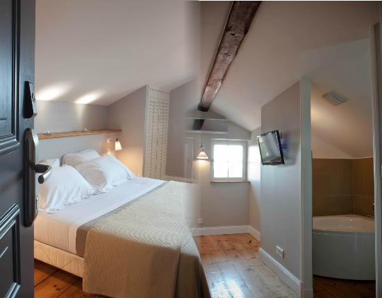 Hotel  Saint-Julien: chambre junior suite balneo