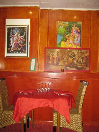 Palais De Taj Mahal: The restaurant's décor