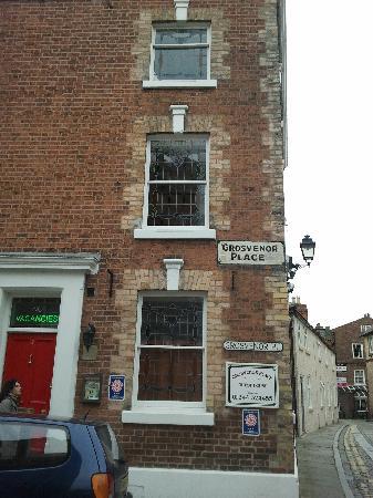 Grosvenor Place Guest House: esterno