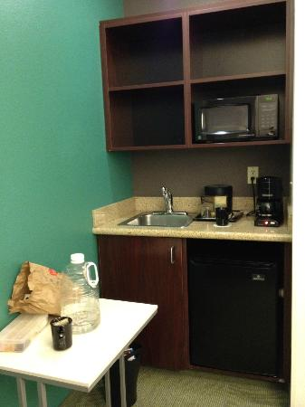 SpringHill Suites Seattle South/Renton: Mini Dining Area