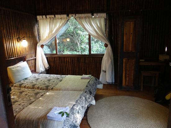 Ezulwini Game Lodge: chambre coquette dans les arbres