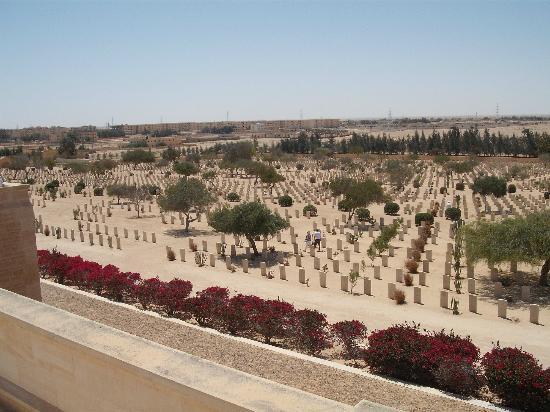 El Alamein, Egypt: cemetery