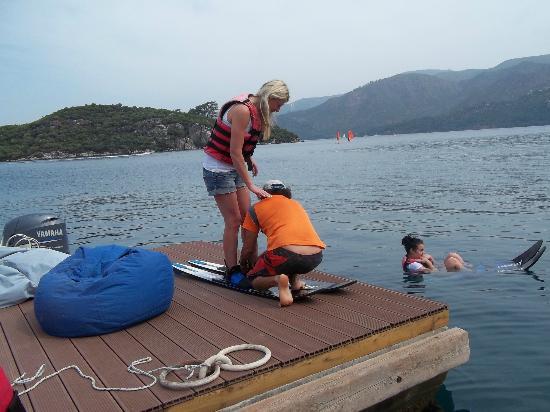 Club Adakoy Resort Hotel: getting ready to ski