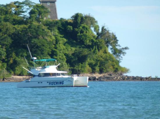 Le Grand Bleu: Le catamaran pour la plongée