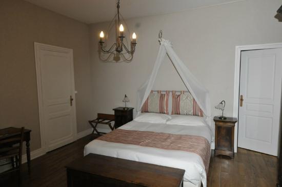 Villa Corisande : CHAMBRE 2