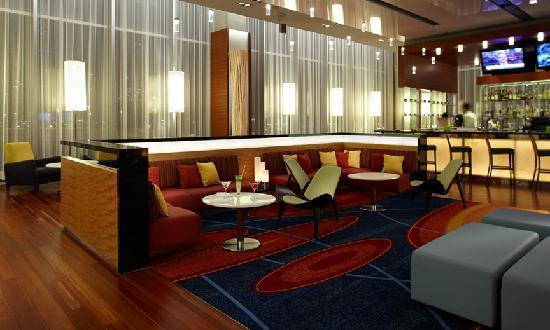 Bijou Resto & Bar: Bijou Bar Lounge proposes menus ready in 5, 10 or 20 minutes!