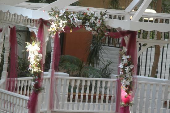 法明頓紅獅飯店照片