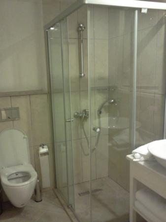 Club Adakoy Resort: bathroom