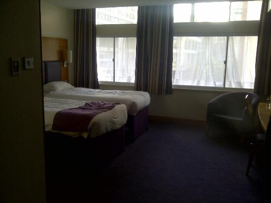 Premier Inn Manchester City Centre (Arena/Printworks) Hotel: typical room