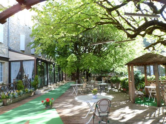 Hotel restaurant plaisance vitrac voir les tarifs 166 for Le jardin de plaisance 87