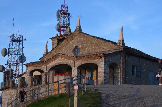 Bobbio, Italy: il santuario
