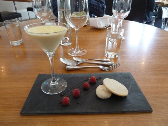 DCH Restaurant: Lemon Posset