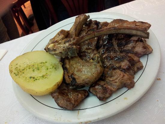 Amazing Plato A La Brasa Picture Of Restaurante El Puma Interior Design Ideas Gresisoteloinfo