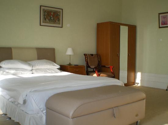 Glastonbury Hotel: Room 109