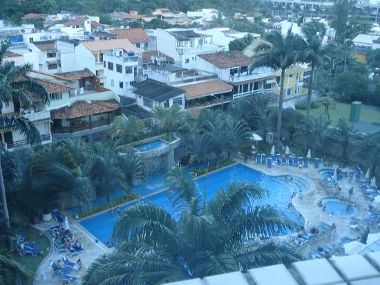 Sheraton Barra Rio de Janeiro Hotel: vista de la piscina desde mi habitación