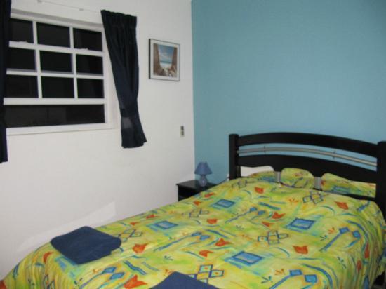 Bahia Apartments & Diving: Sleeping room