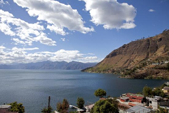 Mikaso Hotel Resto: Lake tour