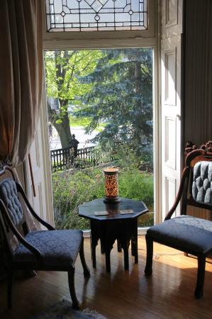 Rosemount B&B Inn: Lounge