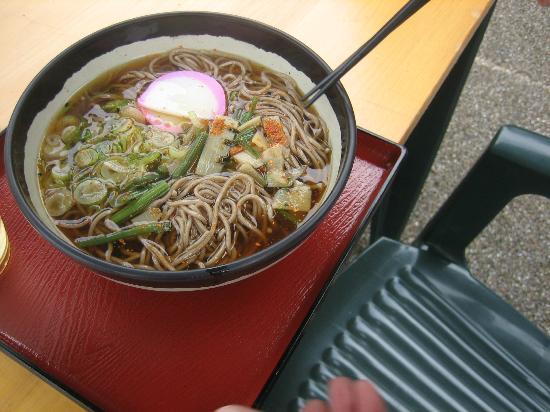 Michi-no-Eki - Shizumo: 軽食コーナーでいただける蕎麦