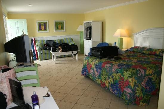 Island Inn of Atlantic Beach: Our Room closest to Police station