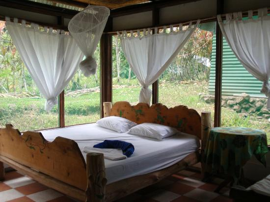 Punta Marenco Lodge: a typical room