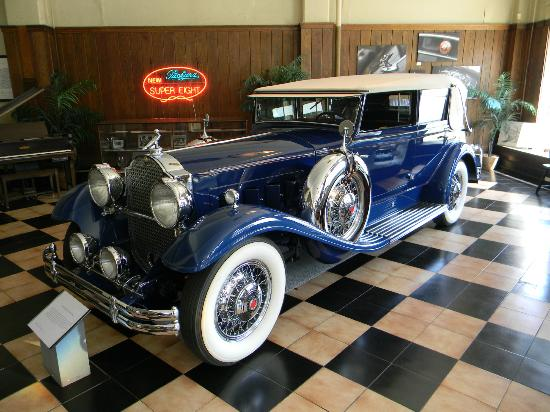 America's Packard Museum - The Citizens Motorcar Co.: 31 Packard 840 Dietrich