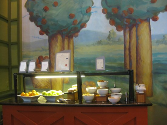 Food bar picture of the garden grove orlando tripadvisor for Food bar garden