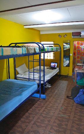 Congo's Hostel & Camping: Habitación # 1