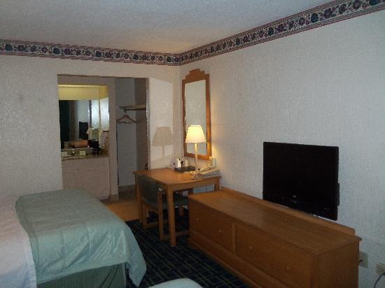 Travelodge Ruidoso: Room with Lcd Television