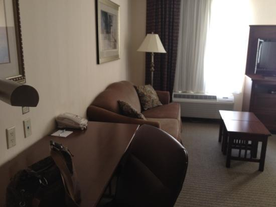 Staybridge Suites Austin Airport: room