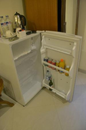 Guest House Matahari: Fridge
