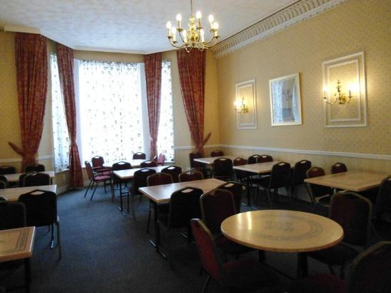 Oliver Hotel: Sala della colazione