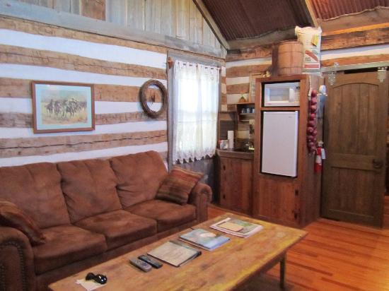 Cotton Gin Village: Inside the cabin