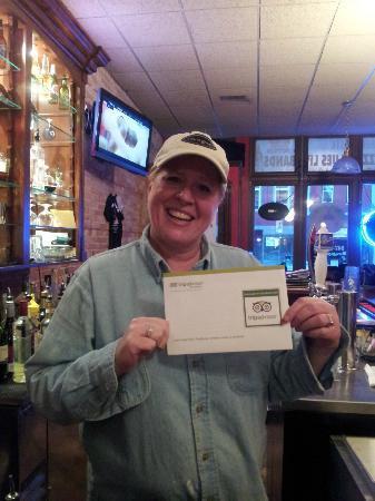 Big Ed's Bar & Grill: amazing people!