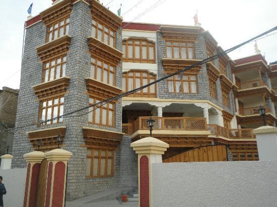 Hotel Omasila: Ladakh Residency Hotel