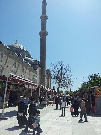 Fatih-Moschee (Fatih-Camii): Il piccolo bazar della moschea