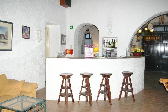Rio Arade Manor House: Bar