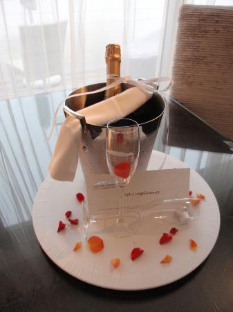 Atlanticview Cape Town Boutique Hotel: Celebration gift