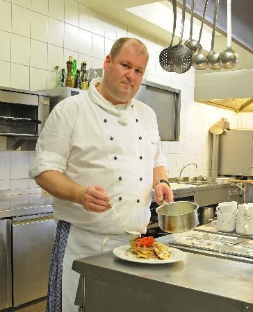 Zum Goldenen Anker: Küchenchef Willi Peters