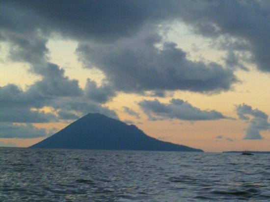 The Village Bunaken: islands around