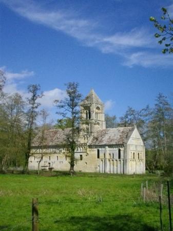 Le Clos Normand: Eglise de Tahon (12è siècle)