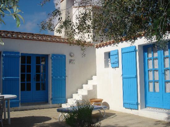 le buzet bleu noirmoutier en l 39 ile france guest house reviews tripadvisor. Black Bedroom Furniture Sets. Home Design Ideas