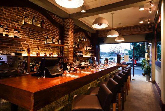 El Gaucho - Argentinian Steakhouse: El Gaucho Hanoi Bar