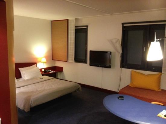 Novotel Suites München Parkstadt Schwabing: My Room